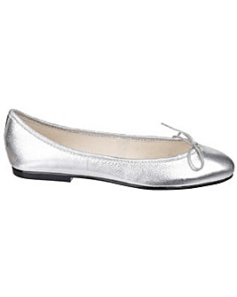 French Sole India Metallic Leather