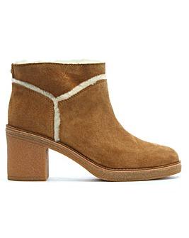 UGG Kasen Block Heel Suede Ankle Boots