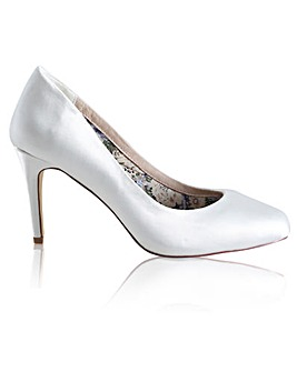 Perfect Darci Court Shoe