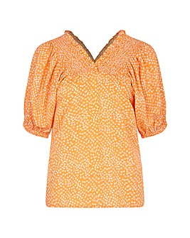 Yumi Curves Ruched Bubble Spot Print Top
