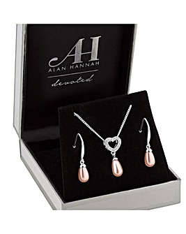 Alan Hannah Pearl Heart Jewellery Set