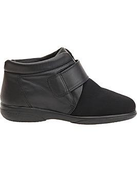 Julia Boots 5E+ Width