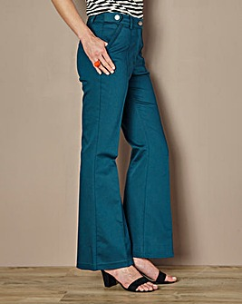 Cotton Kick Flare Jean - Short