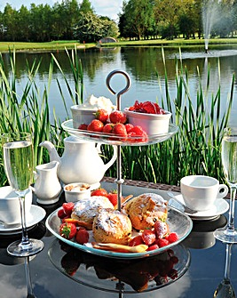 Witney Lakes Afternoon Tea Spa Day