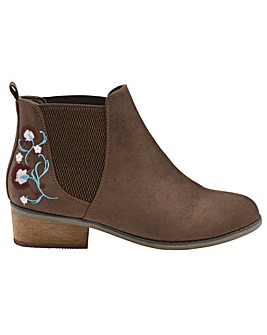 Dolcis Jean heeled ankle boots