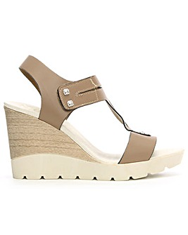 DF By Daniel Peterlee High Wedge Sandal