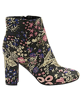 Dolcis Florine ankle boots