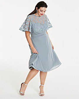 Elise Ryan Chiffon Lace Dress