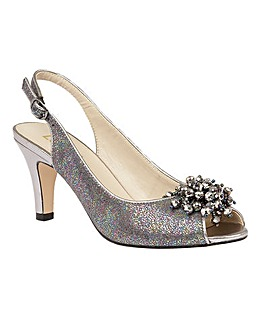 LOTUS CLEMATIS COURT SHOES