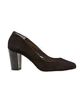 Van Dal Sassy Court Shoes Standard D Fit