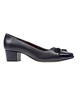 Van Dal Stevie Court Shoes D Fit